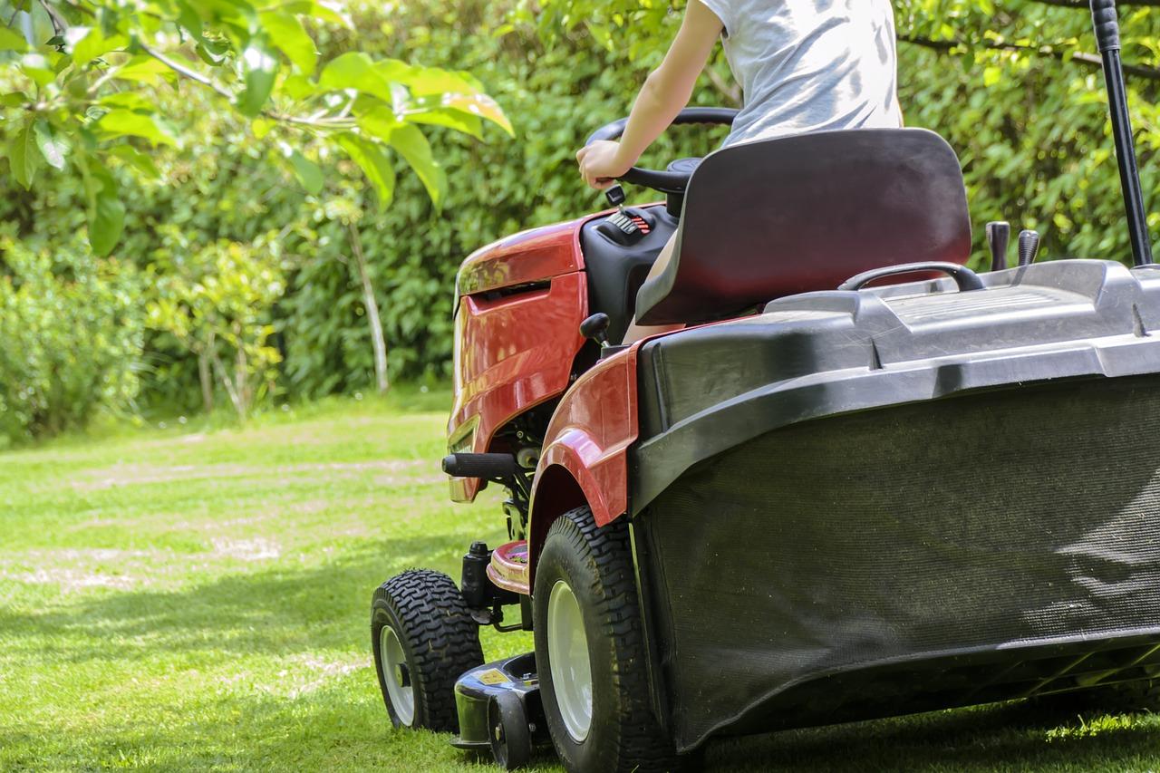 Riding Lawn Mower Maintenance