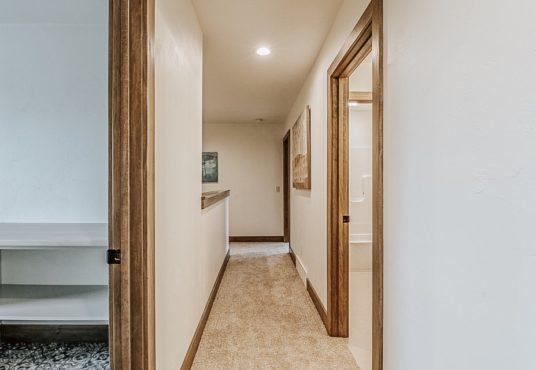 3370 Casey Trail - Hallway